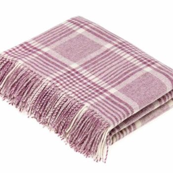 BRONTE by Moon Lilac Pink Prince of Wales Check Throw in supersoft Merino Lambswool
