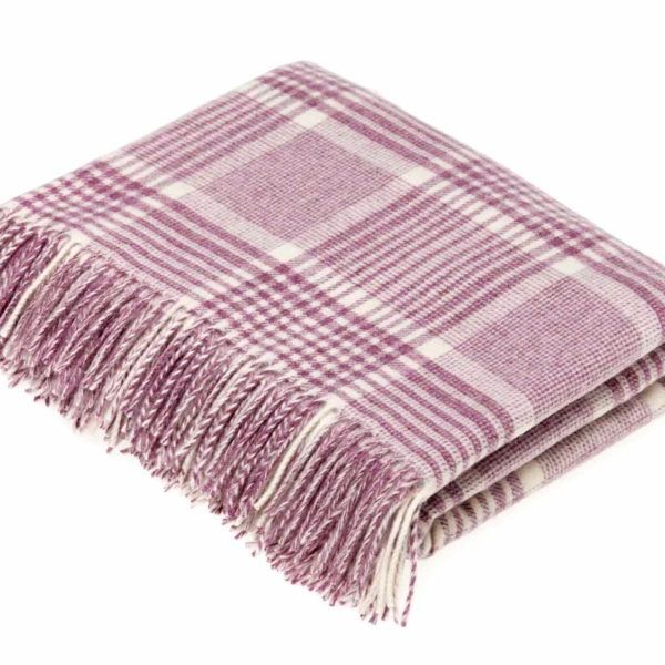 BRONTE by Moon Lilac Pink Prince of Wales Check Throw in supersoft Merino L