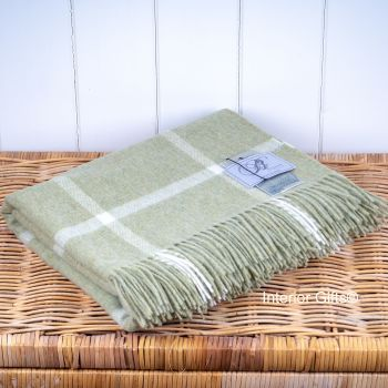 BRONTE by Moon Light Green Windowpane Throw in Supersoft Merino Lambswool