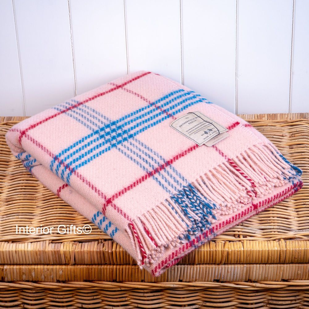 BRONTE by Moon Light Pink  Check Throw Pure New Wool