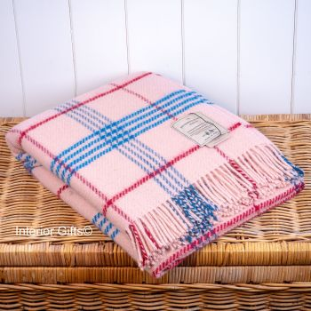 BRONTE by Moon Pale Pink  Check Throw Pure New Wool