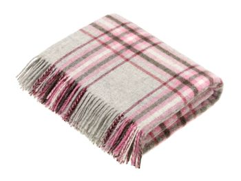 BRONTE by Moon National Trust Silver Grey & Pink Throw in Shetland Pure New Wool