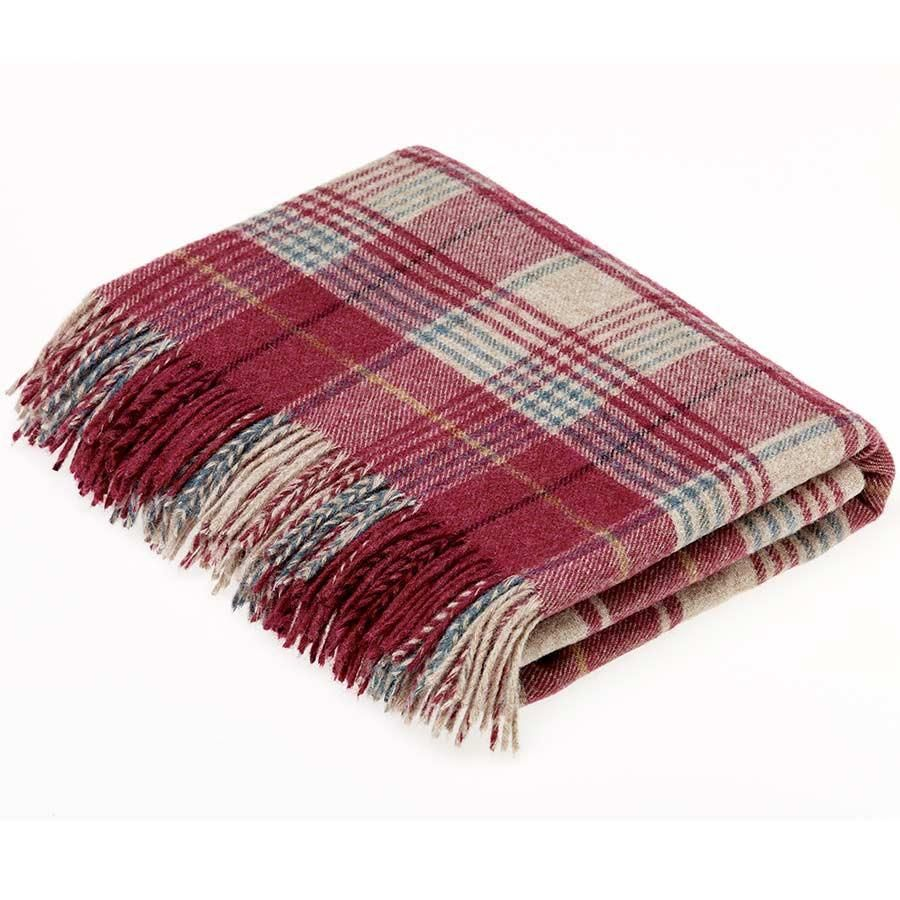 BRONTE by Moon Huntingtower Berry Check Throw in 100% Shetland Pure New Woo