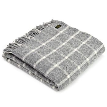 Tweedmill Classic Check Grey & Cream Windowpane Knee Rug or Small Blanket Pure New Wool