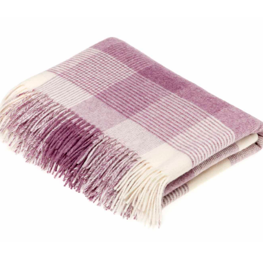 BRONTE by Moon Lilac Classic Check Throw in supersoft Merino Lambswool