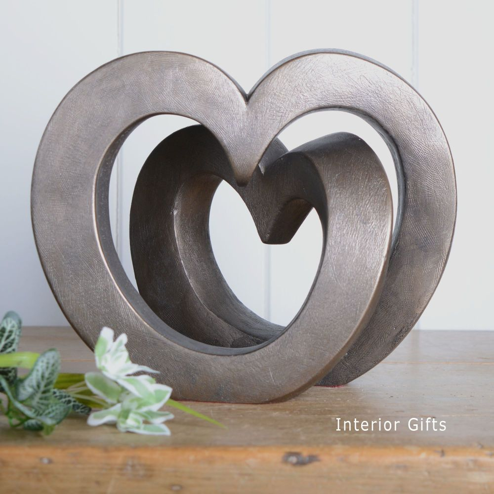 Enduring Love Frith Sculpture