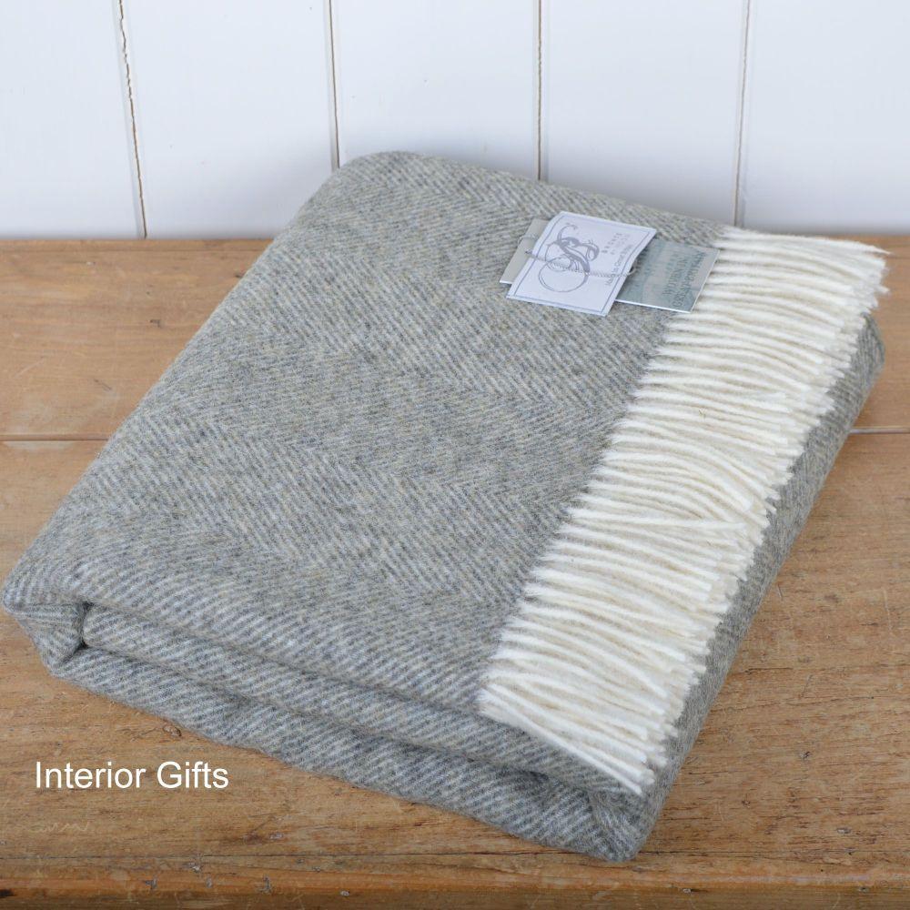 BRONTE by Moon Herringbone Throw Blanket  Vintage Grey Shetland Wool