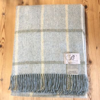 BRONTE by Moon Aqua Blue Windowpane Throw in 100% Shetland Pure New Wool