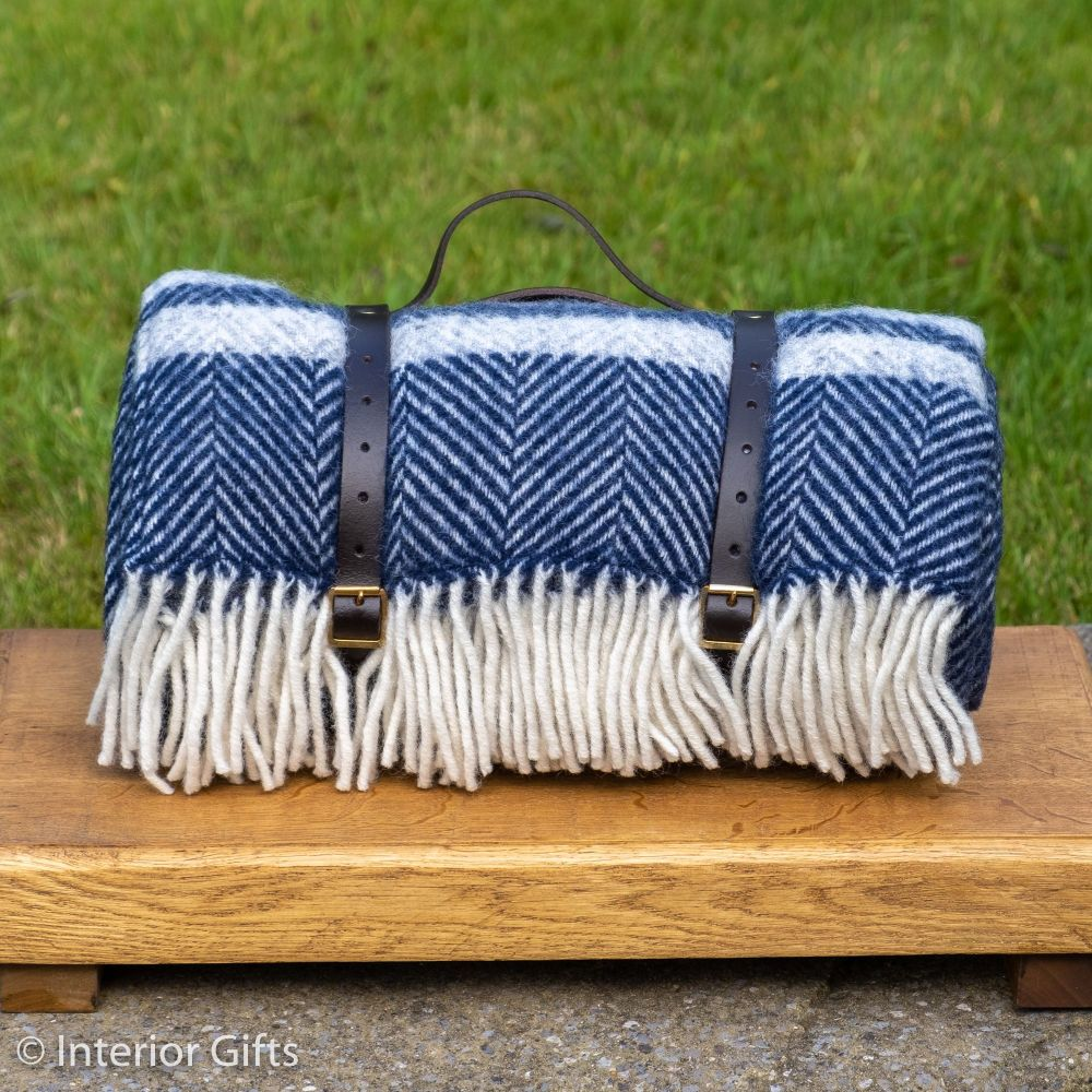 WATERPROOF Backed Wool Picnic Rug in Herringbone Navy Blue with Leather Car