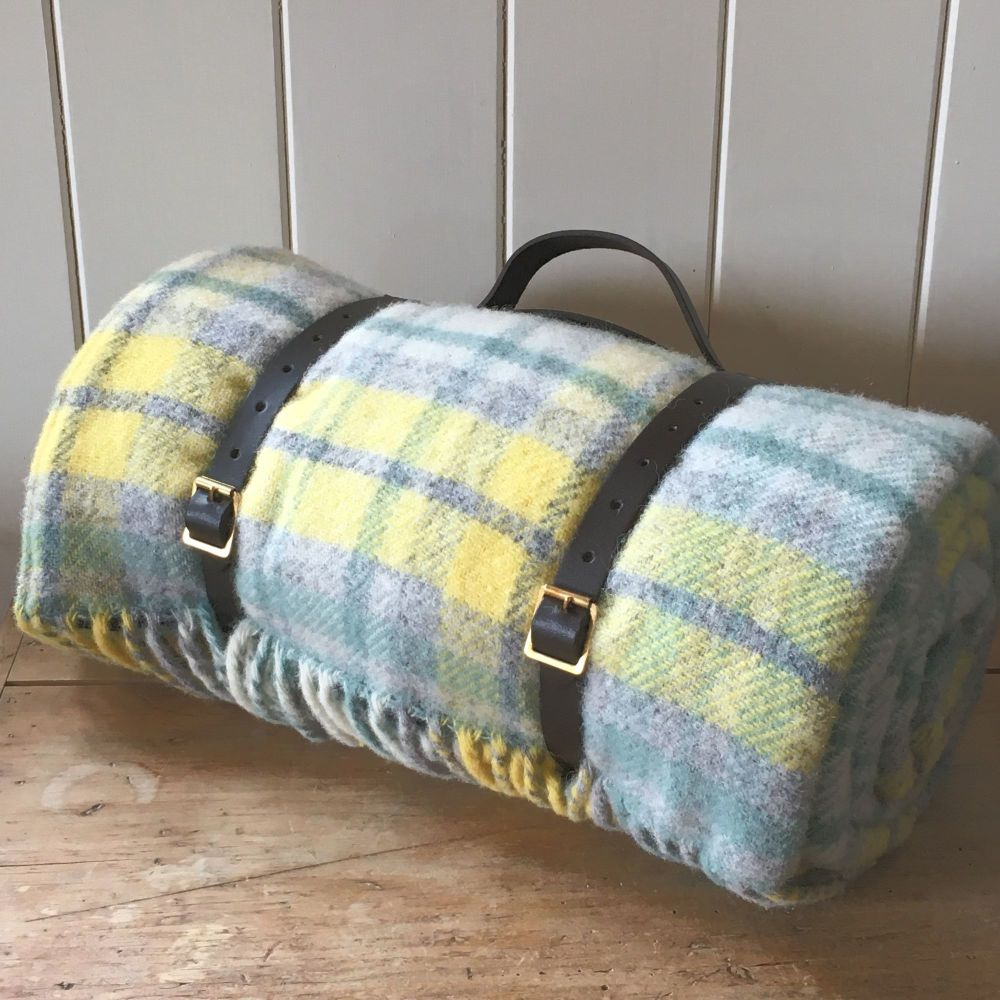 WATERPROOF Backed Wool Picnic DESIGNER Rug / Blanket Yellow & Green Multi
