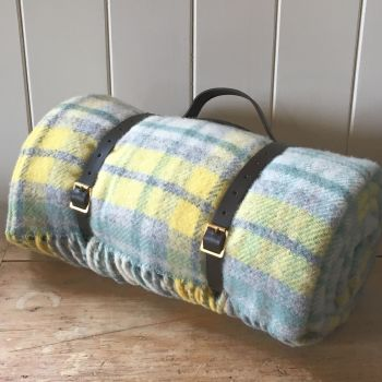 WATERPROOF Backed Wool Picnic DESIGNER Rug / Blanket Yellow & Green Multi  with Leather Carry Strap.