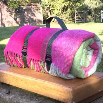 WATERPROOF Backed Wool Picnic Rug / Blanket in Pink/Green/Grey Check with Practical Carry Strap