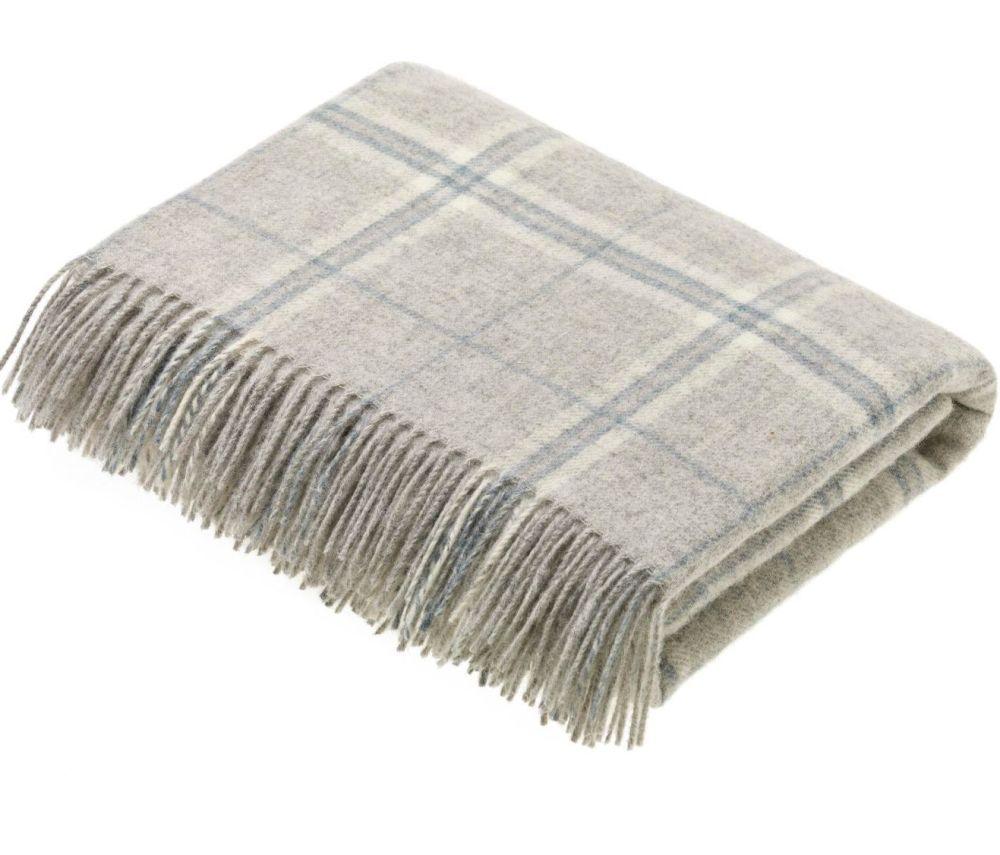 BRONTE by Moon Grey Slate Windowpane Check Throw in 100% Shetland Wool *NEW