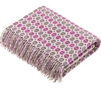 BRONTE by Moon Milan Clover Throw in Supersoft Merino Lambswool