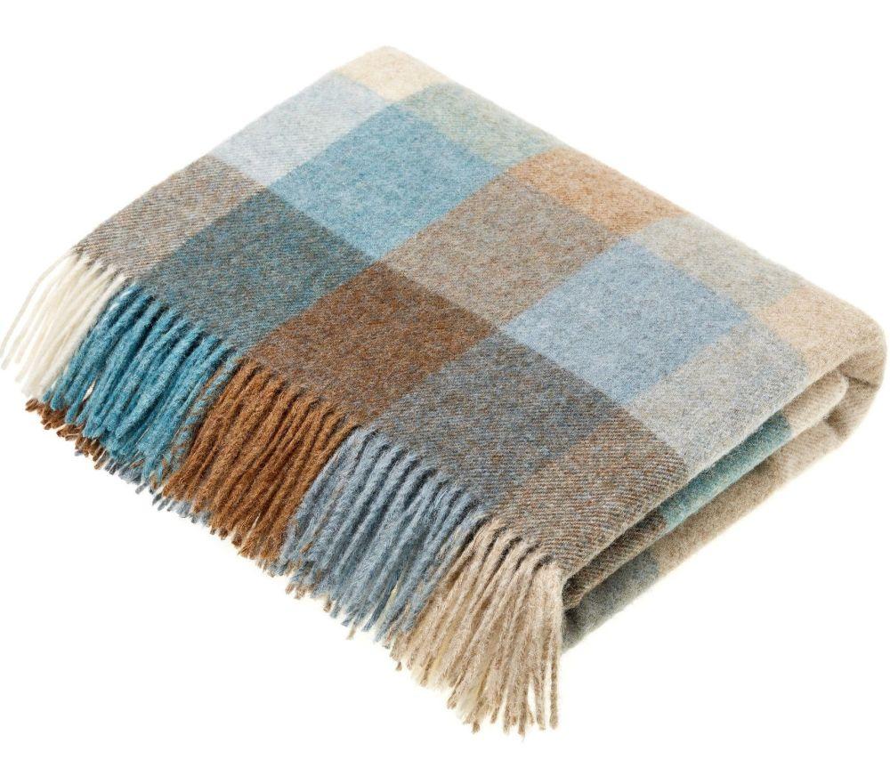 BRONTE by Moon Harlequin Eau de Nil Blue Throw Pure New Shetland Wool