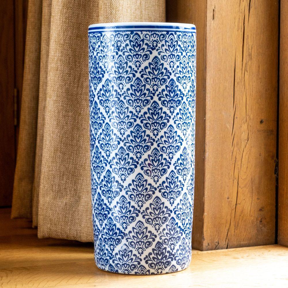 Ceramic Umbrella Stand in Classical Blue & White
