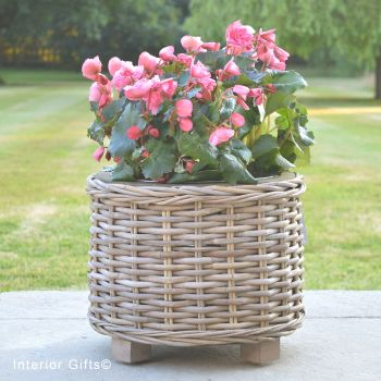 Rattan Wicker Basket Round Planter  with Metal Liner - Natural - 32 cm H
