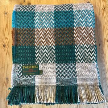 Tweedmill Recycled Celtic Woollen LARGE Check Throw / Blanket / Picnic Rug  - Green/Natural Mix