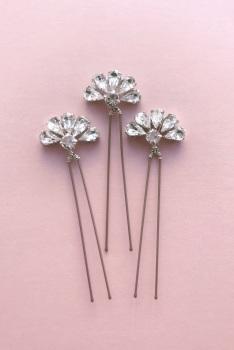 Charlotte Pin Set