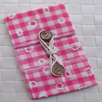 Pink Gingham Daisy ButtyWrap
