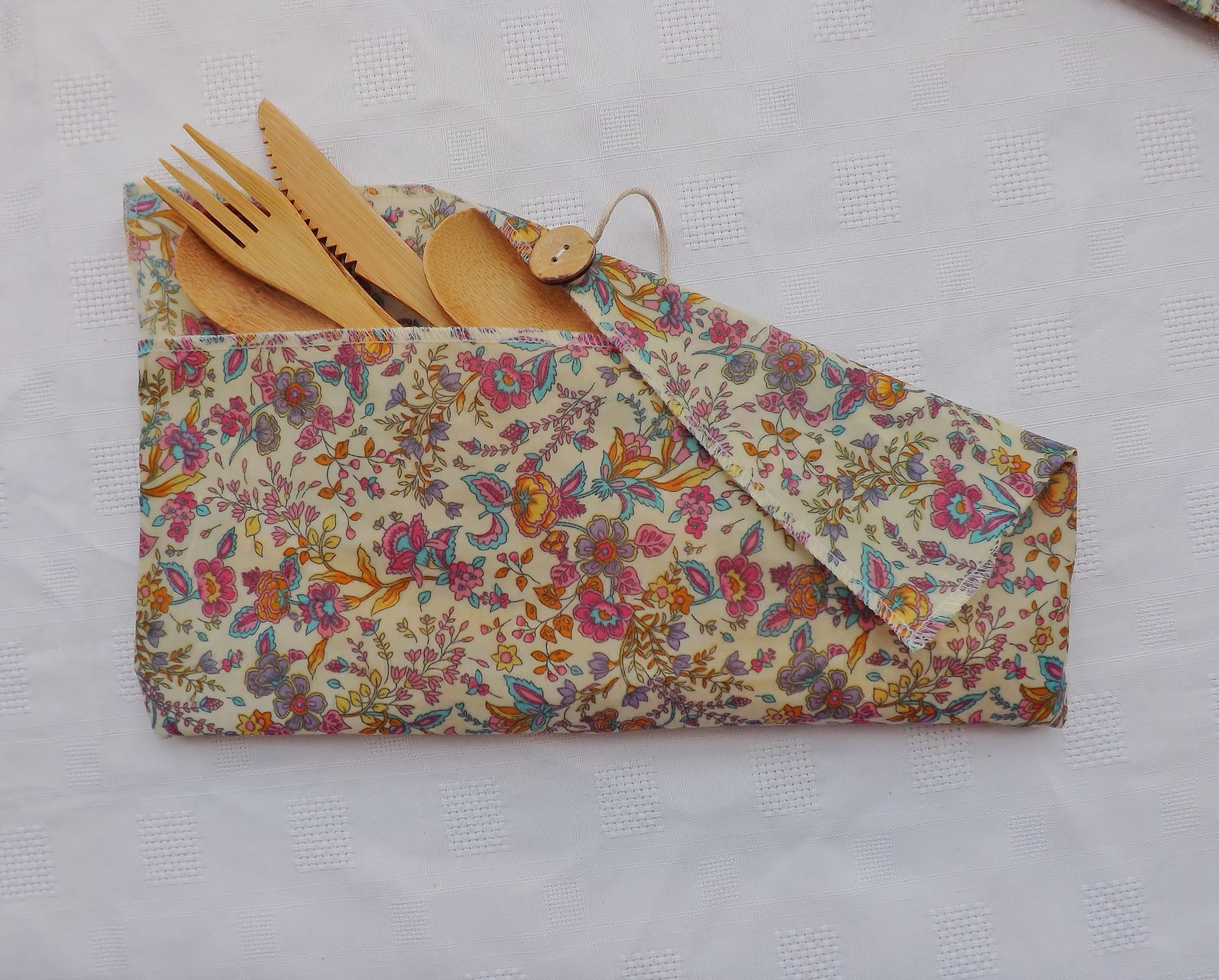 V-Eco Food Wraps - CutleryCaddy in Floral Breeze Ivory design waxed cotton fabric