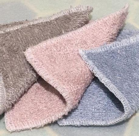 """V-Eco Pamper Packsâ""""¢, FabFaceWipesâ""""¢ - 3 double-sided super soft reusable face wipes in pink, blue and grey"""