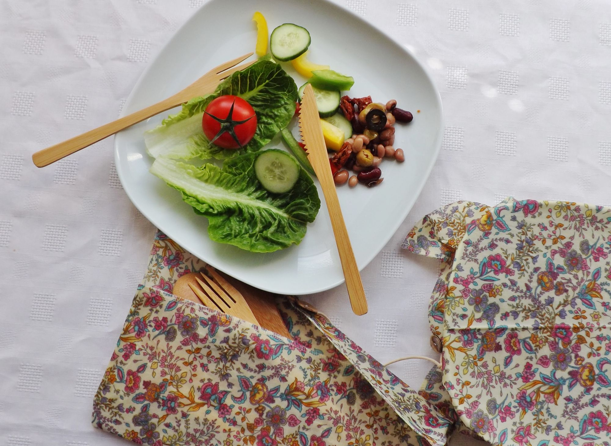 V-Eco Food Wraps, CutleryCaddy - waxed fabric pouch with bamboo cutlery
