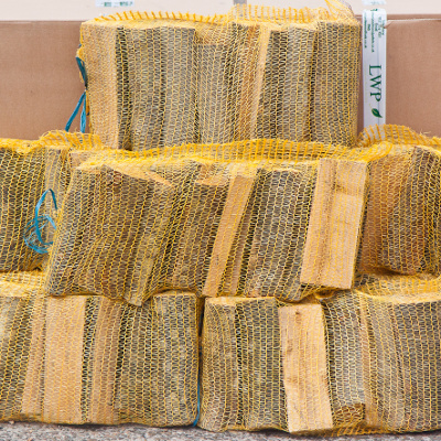 8 Netted Sacks of Kiln Dried Netted Logs