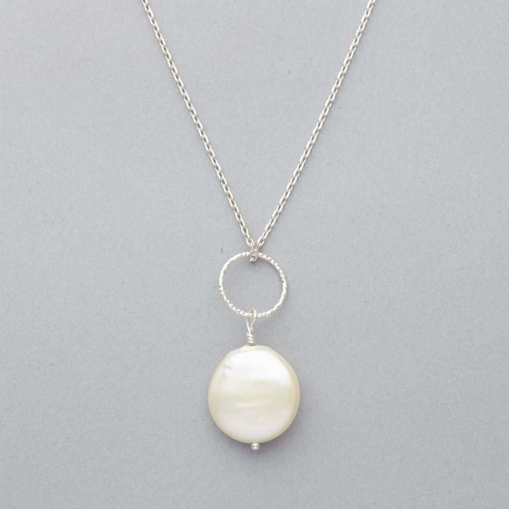Necklace - Single Fresh Water Pearl - Sterling Silver Chain