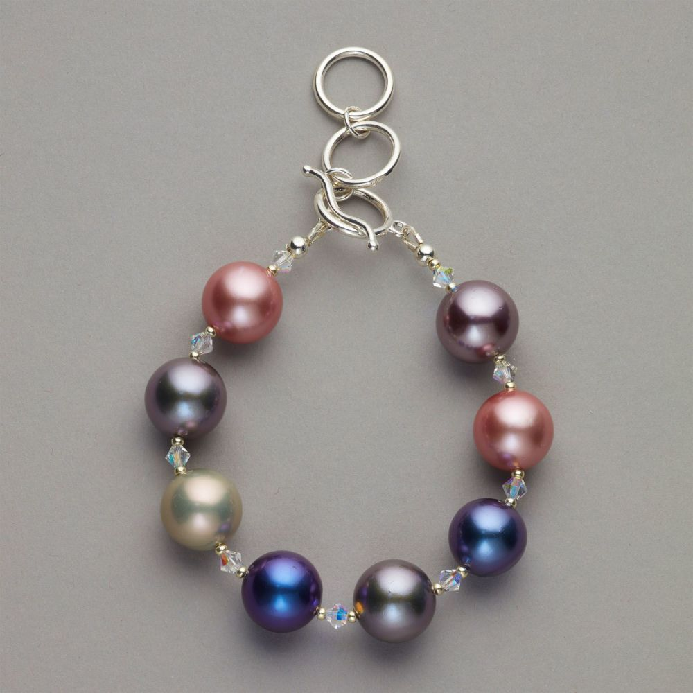 Bracelet - Mother of pearl shell beads with Swarovski crystals