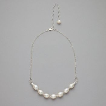 Necklace - Fresh water pearls