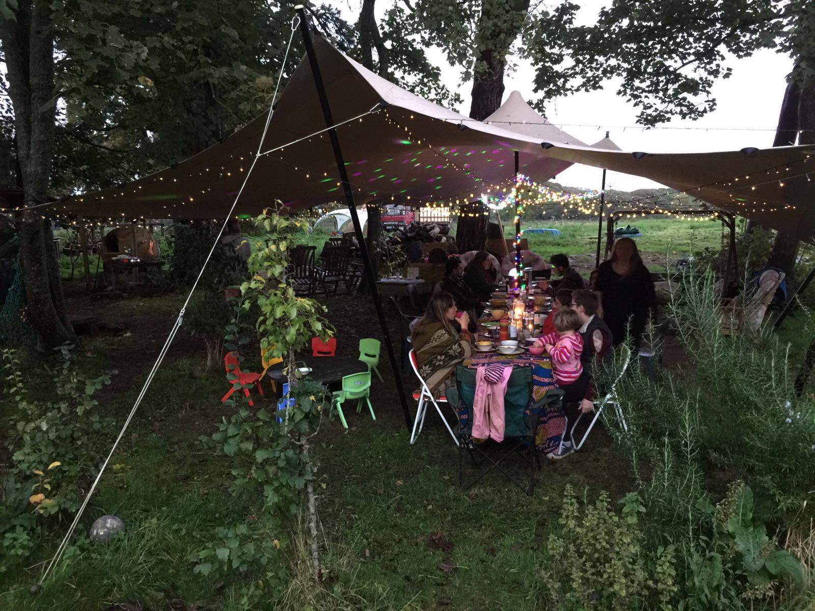 moigne_garden_party