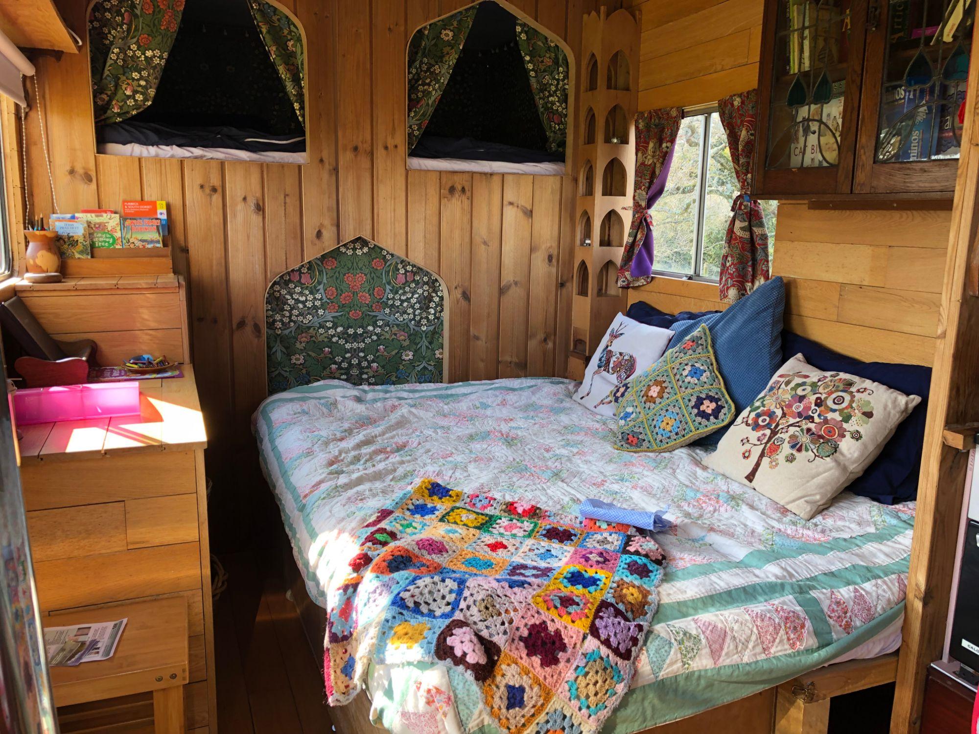 horsebox_interior