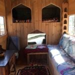 happy_horsebox_living_room