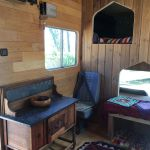 happy_horsebox_desk