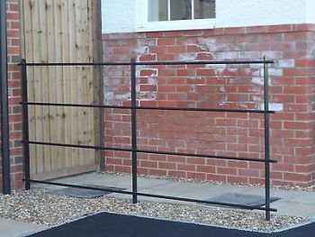Estate Railings (Price per 2 metre panel, supply only)