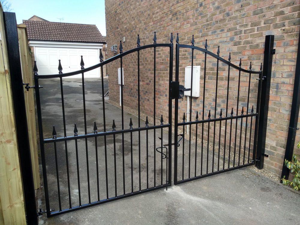 Decorative drive gates