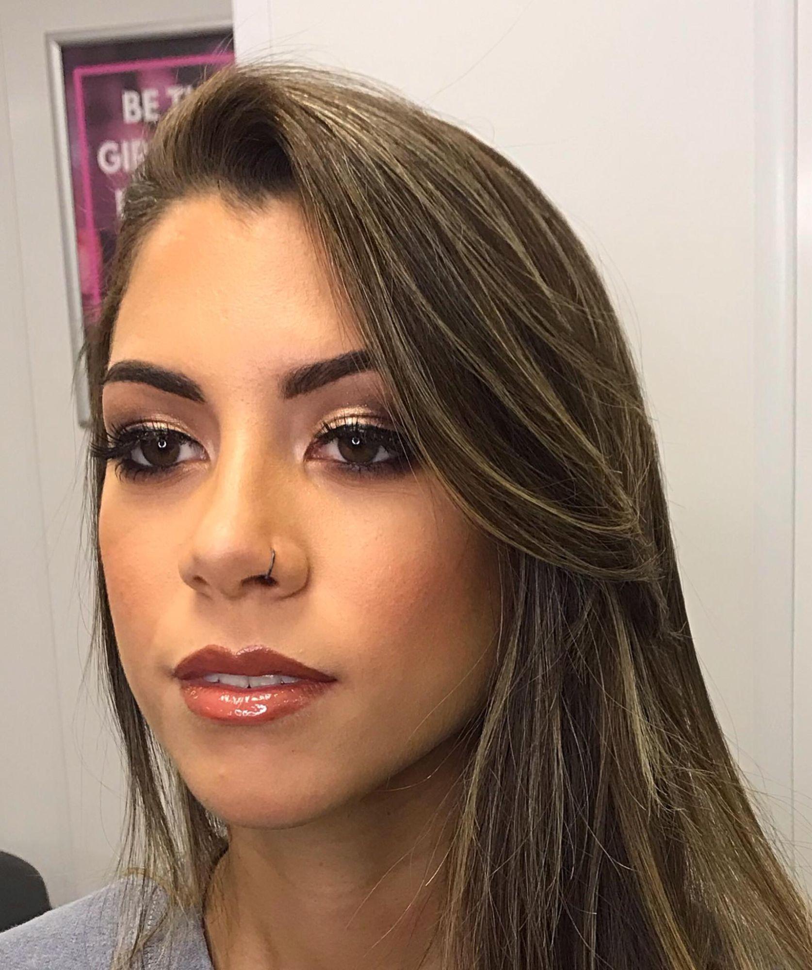 shoot makeup