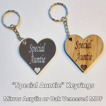 Special Auntie, 1 x Keyring