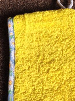 turbie yellow pale blue flower edge close up