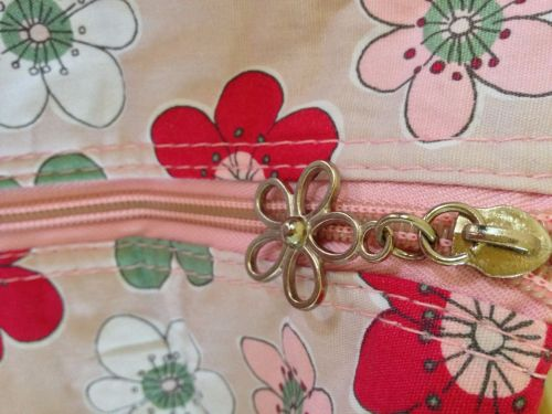 summer floral zip