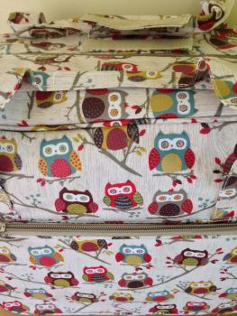 MACH BAG HOOT CLOSE UP