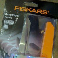 FISKARS 23CM CLOSE UP
