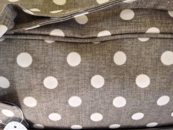 GREY LINEN SEWING MACHINE BAG CLOSE UP