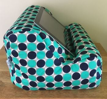 ipad beanbag green spot side 2