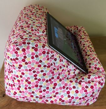 ipad beanbag pink & red ditsy side