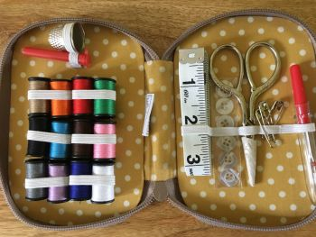 BEE SEWING KIT INSIDE