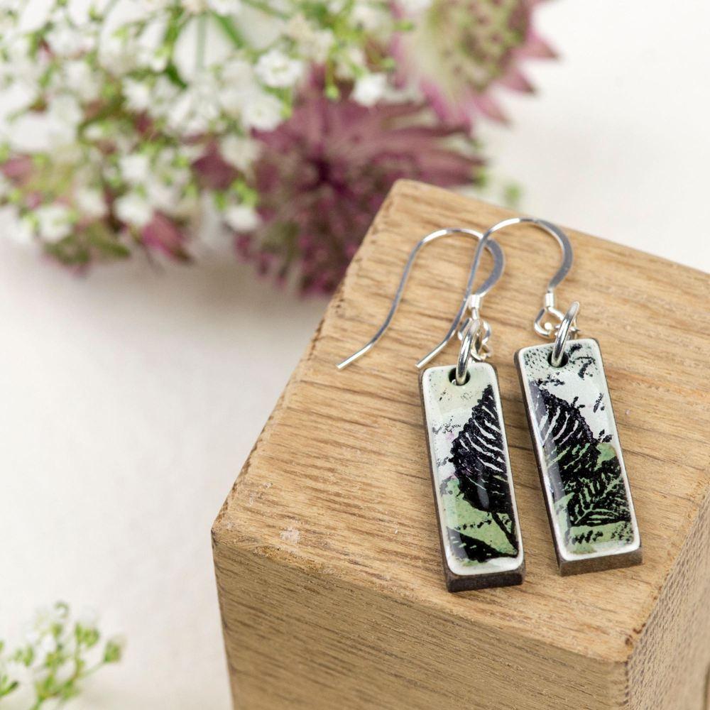 Pale Green mini pendant earrings