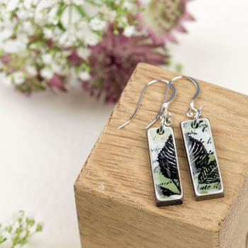Pale Green mini pendant earrings