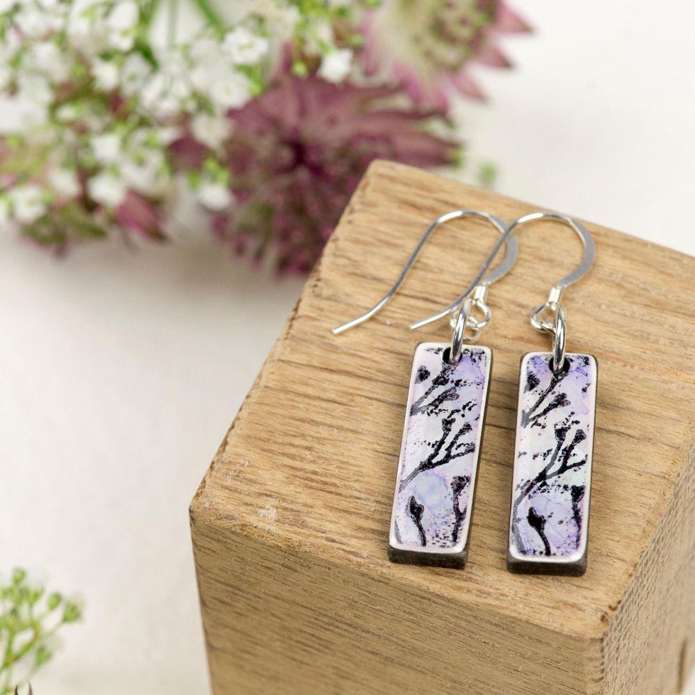 Lilac mini pendant earrings